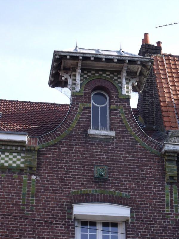 Lille l 39 art nouveau et l 39 art d co for 82 rue brule maison lille