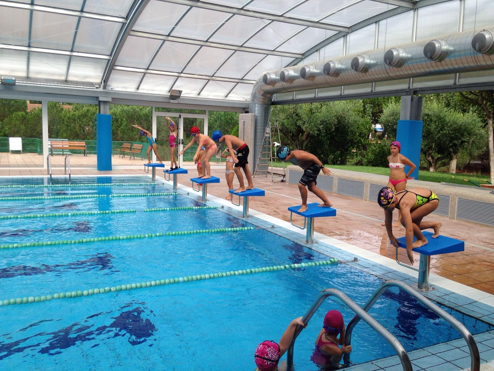 Casal d 39 estiu de la piscina de piera 2015 el circ for Piscina de piera