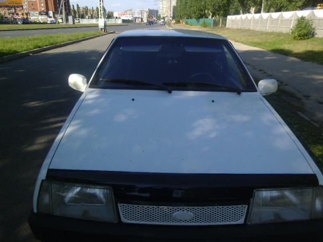 Фото Авто ВАЗ2109 вид спереди