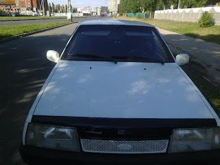 Вид спереди авто ВАЗ2109 фото