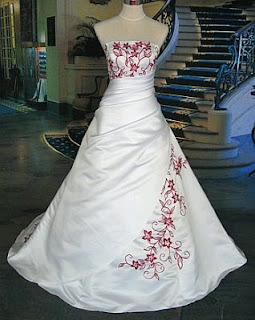Vestidos de Novia Blanco y Rojo, parte 2