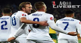Liputan Bola - Berkat kemenangan 3-0 atas Lithuania, Inggris mencatat rekor sempurna di kualifikasi Piala Eropa 2016. Lalu, bagaimana di putaran final nantinya?