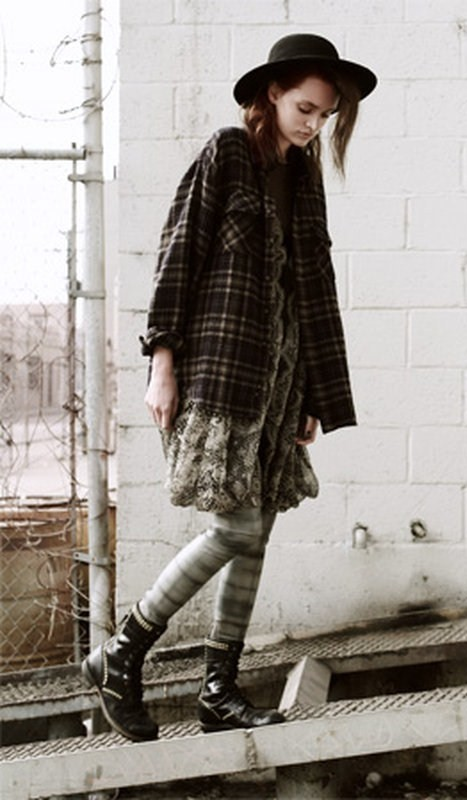 A writer 39 s wardrobe indie grunge the latest trend where for Grune stuhle