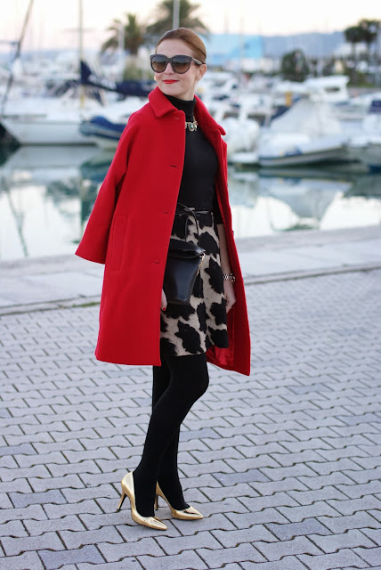 red Kiomi coat, elegant outfit, zara clutch, esplosione dress, cappotto rosso, Fashion and Cookies, fashion blogger