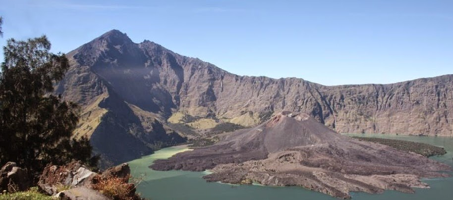 Mt Rinjani, Lombok, Indonesia