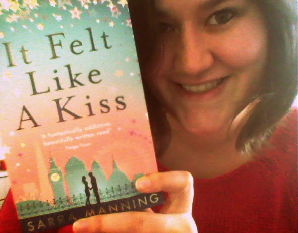 Ms bookshelf book review it felt like a kiss sarra manning meet ellie cohen one of the most perfect girls in london m4hsunfo