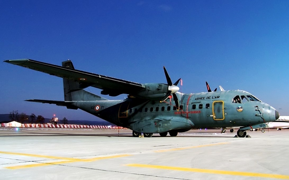CN-235 Aircraft Wallpaper 4