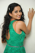 Ishika singh new hot photos-thumbnail-19