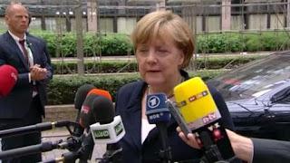 Η καγκελάριος Μέρκελ μιλάει στους δημοσιογράφους