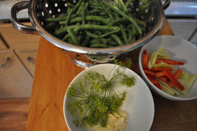 canning, green beans, peppers, salsa, diy, homemade, dilly beans, addicted, recipes, pickled green beans