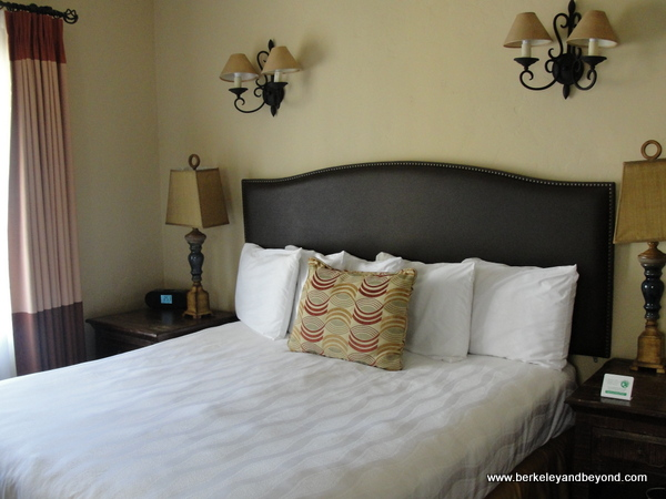 guest room at El Cordova Hotel on Coronado Island, California