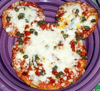 Disney+mickey+mouse+fan+art+pizza+food+design+kids+children