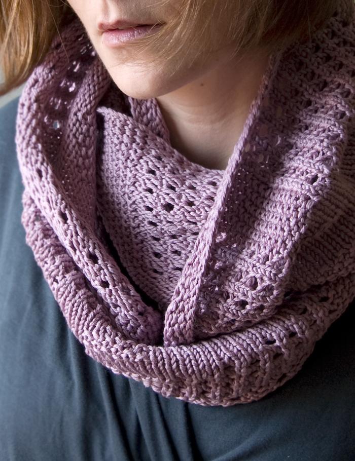 Knitting Cowl Patterns : Miss julia s patterns free fabulous cowls