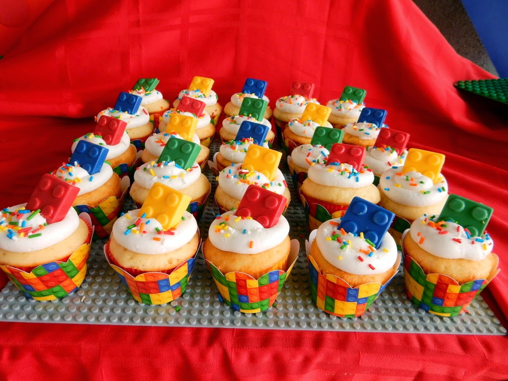 Invite and Delight: Lego Birthday Party