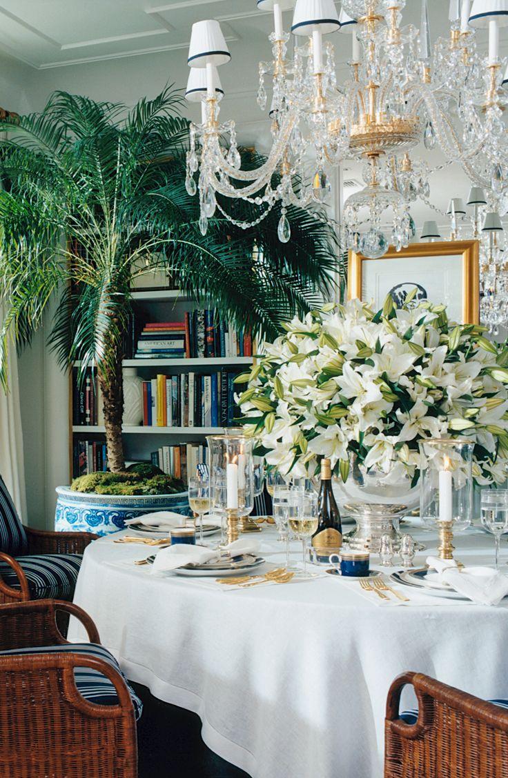 Chinoiserie chic the ralph lauren chinoiserie dining room for Ralph lauren dining room ideas