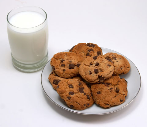 Simply Nourished: Cookies or Milk before Bedtime?