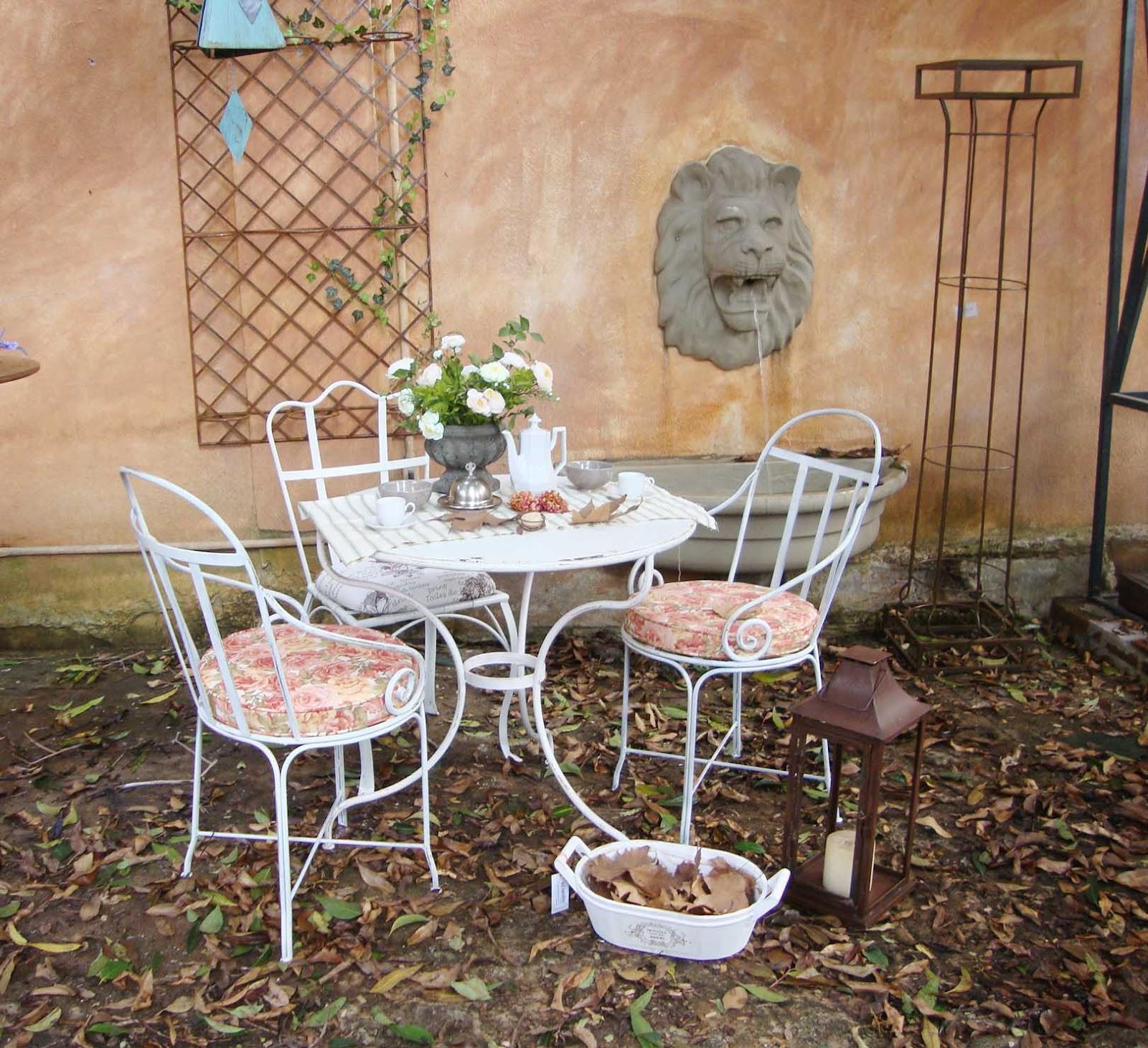 mesa de jardim ferro ? Doitri.com