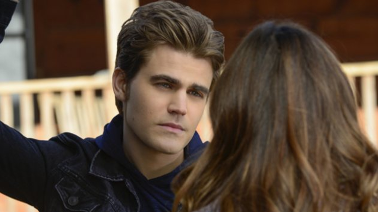 http://www.abbyrosedalto.com/2014/05/the-vampire-diaries-liar-liar-pants-on.html