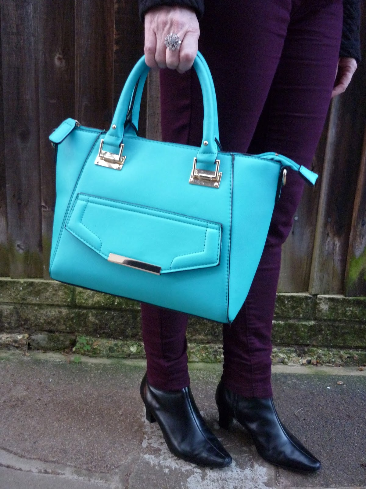 New Look Mini Turquoise Tote, Marks & Spener Pointy Boots | Petite Silver Vixen