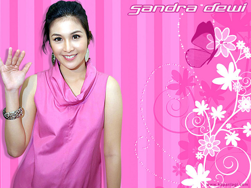 Wallpaper Sandra Dewi | Party Join Us