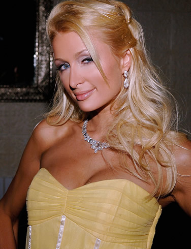 paris_hilton_wallpaper_01