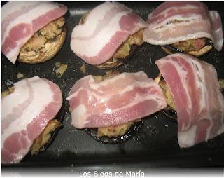 Champiñones rellenos de bacon