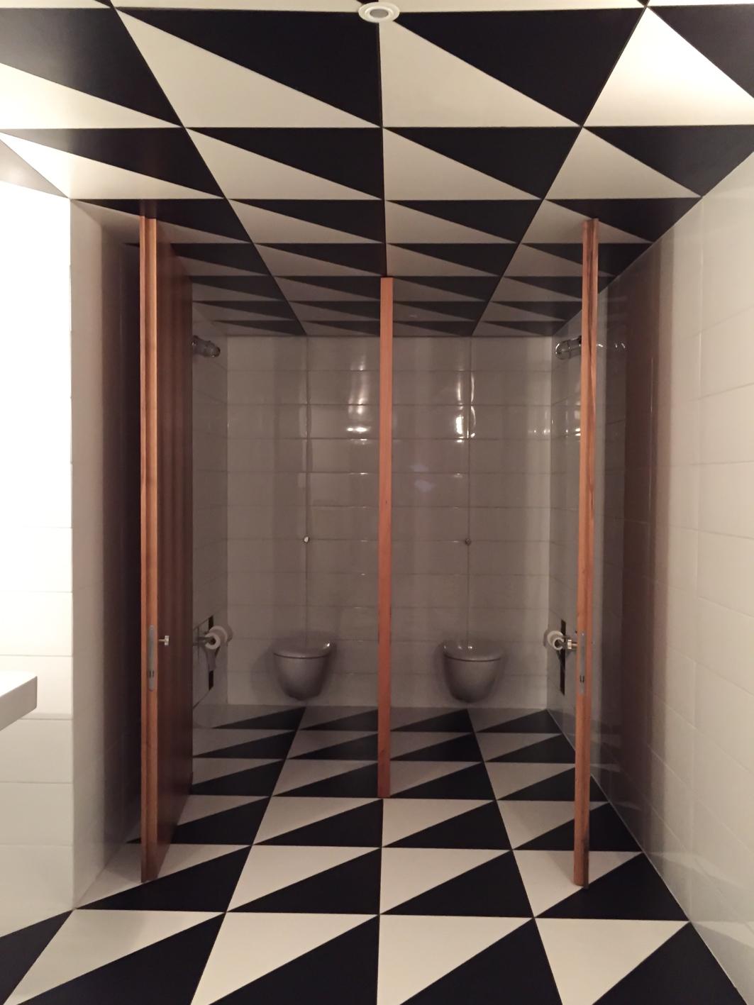 a guide of beautiful places: Bar Luce: un diseño de Wes Anderson ...
