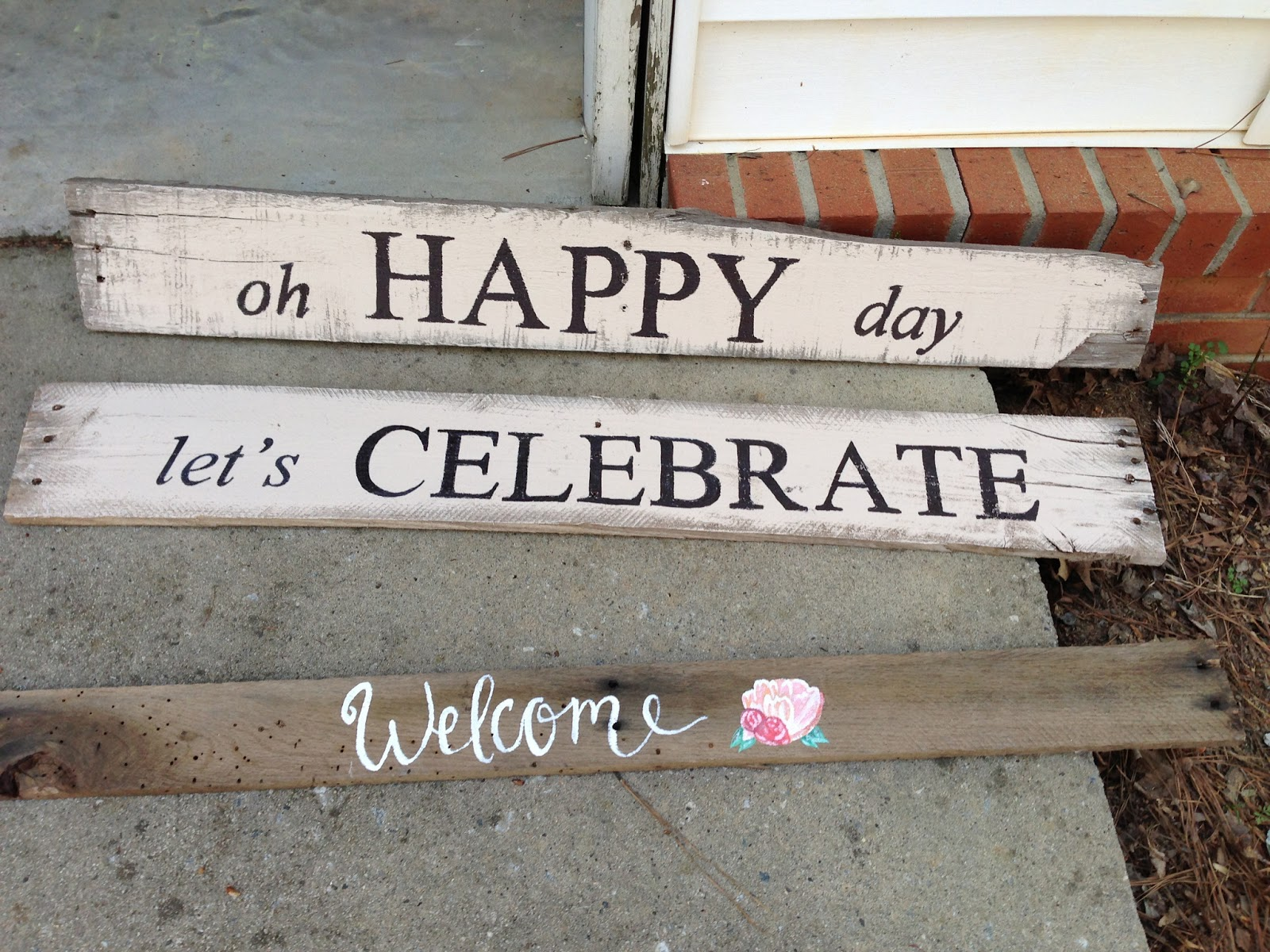Just Jill: DIY Distressed Sign