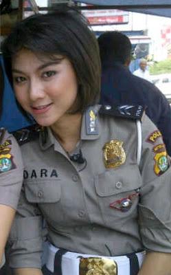 model rambut security wanita