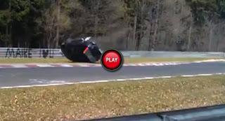 Honda-CR-V-Driver-Loses-Control
