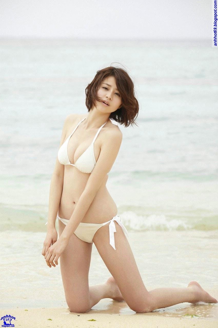 chinami-suzuki-01205324