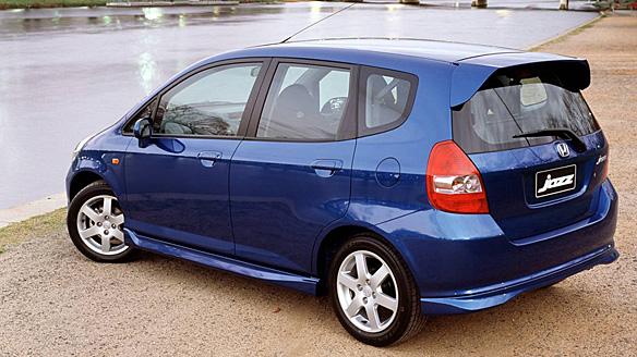 Harga Dan Spesifikasi Mobil Honda Jazz Mobilkita