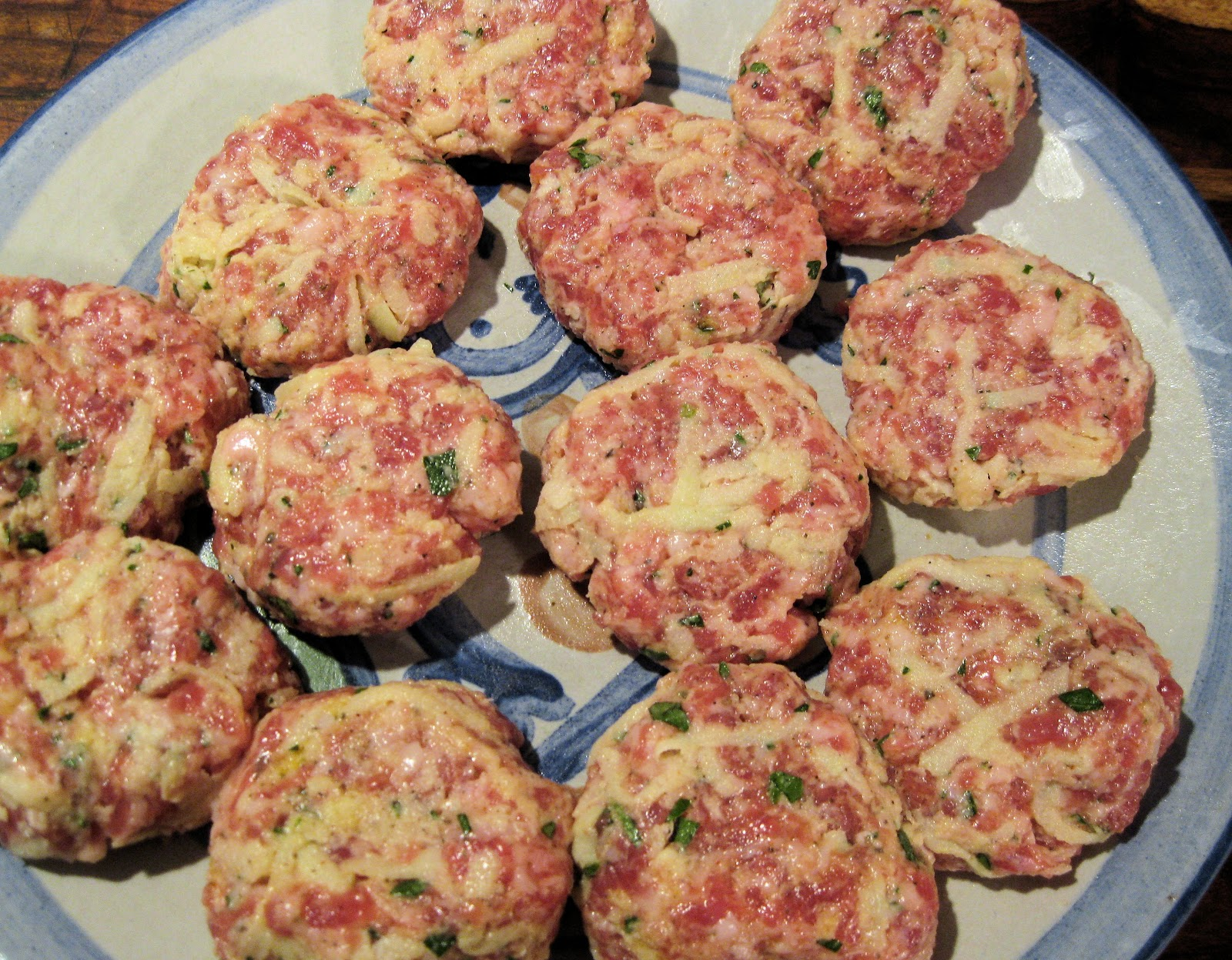 Kristen Kennedy - May Way, Every Day!: Apple and Sausage Patties