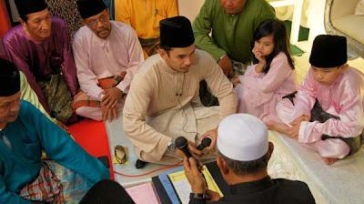 Gambar Perkahwinan Memey Suhaiza-Norman Hakim