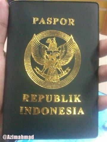 Contoh Foto Gambar Paspor Republik Indonesia Terbaru.
