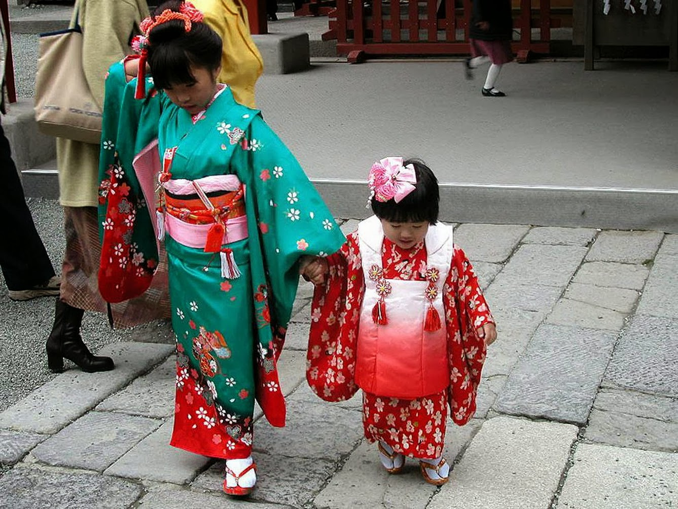 shichi go san japanese culture Japanese culture : activities in shichi-go-san holiday guide the first is that these numbers are simply considered lucky years according to japanese numerology.
