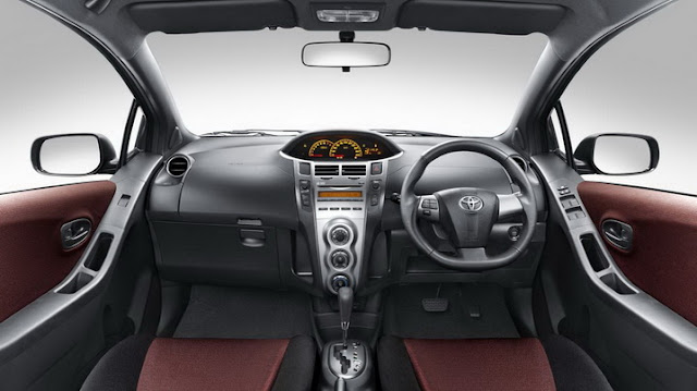 Interior Yaris 2012 S Automatic A/T