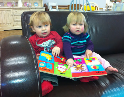 image of toddlers reading