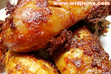 Cara Membuat resep masakan Ayam Goreng Bacem