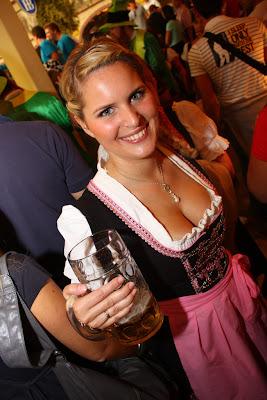 oktoberfest girl