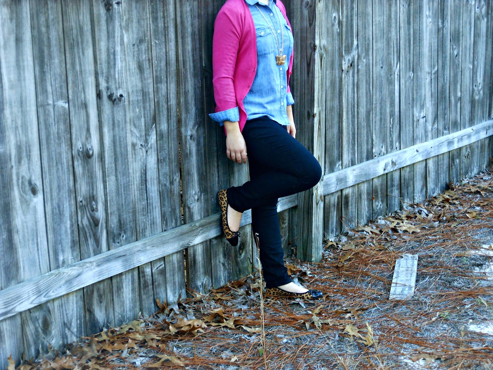 Chambray and Pink. chambray shirt, pink cardigan, black skinnies, leopard flats, butterfly necklace