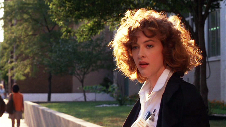 JOAN CUSACK as JODY in MEN DON'T LEAVE