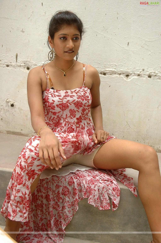 tollywoodhotstills: Hansika Motwani armpits and navel Shefali Sharma Hot