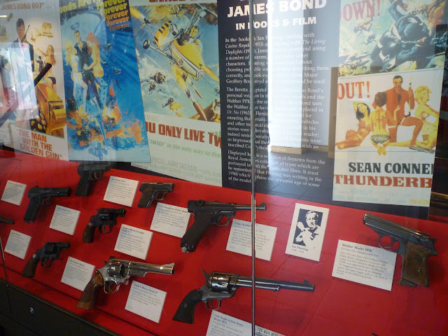royal armouries leeds guns pistols james bond 007 weapons via lovebirds vintage