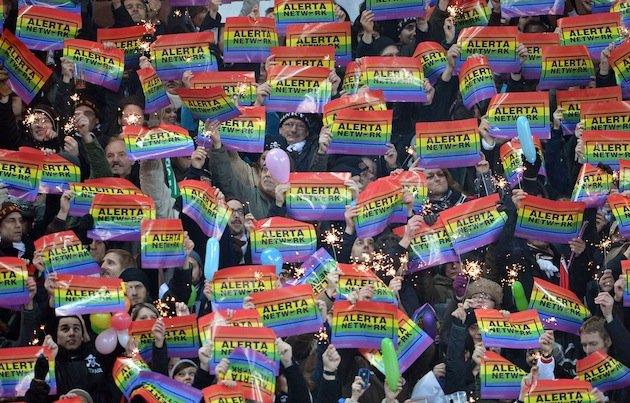 Fãs de Futebol Alemão, contra a homofobia.