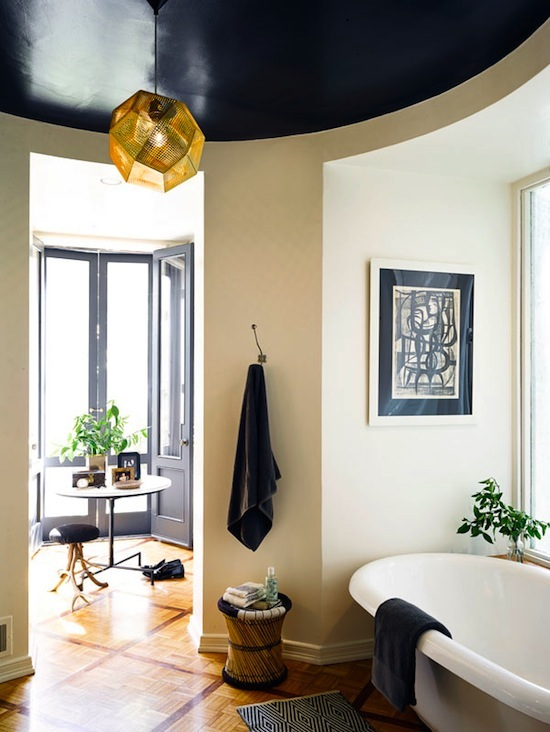 black gloss ceiling, white soaking tub, Nate Berkus