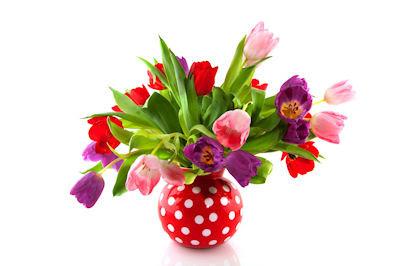 Bonito arreglo de flores tulipanes holandeses de colores