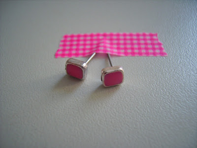 ohrstecker pink masking tape