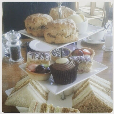 Afternoon tea, Thistle Hotel, Brighton