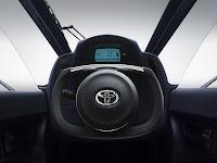 Toyota i-Road dash